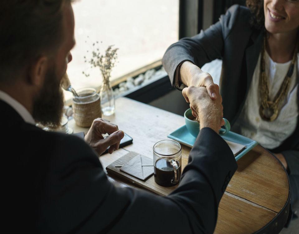 Objetivos de la comunicación: informar, persuadir, motivar, entretener